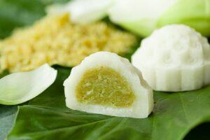 Bánh dẻo nhân cóm dừa